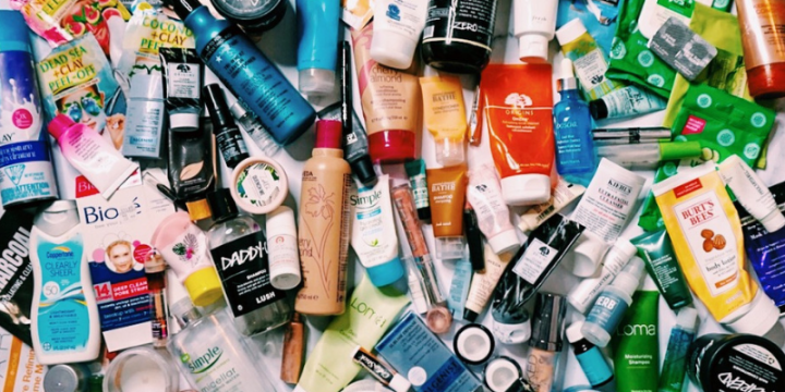 Makeup Minimalism | 2018 Rolling Project Pan & DeclutterFinale
