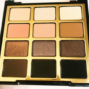 Close-up of the Milani Soft & Sultry Eyeshadow Palette