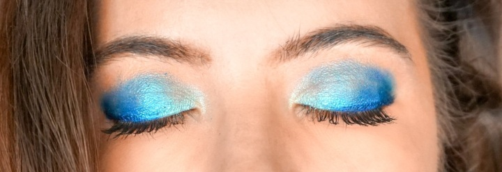 Melt Cosmetics BluePrint Stack - Look #1 Blue Gradiant Eye