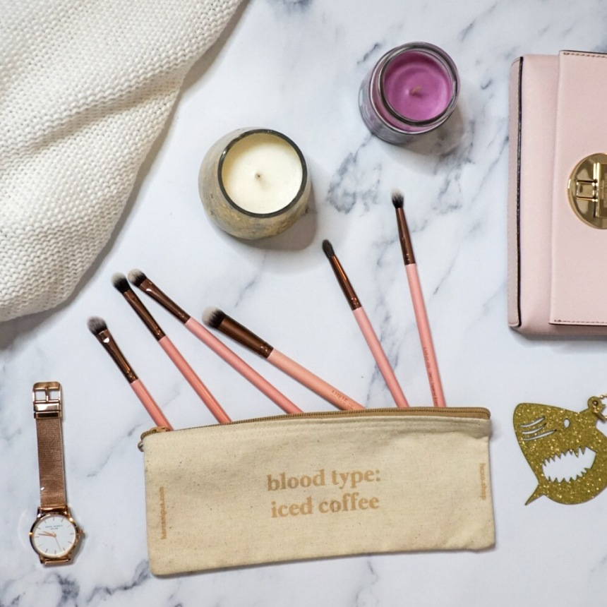 Luxie Rose Gold Eyeshadow Brushes_Flat Lay