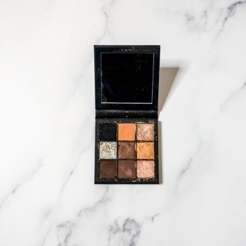 Best for Traveling: Huda Beauty Smokey Obsessions
